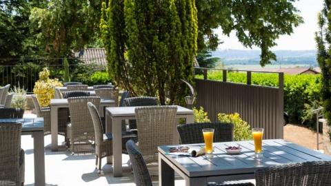 The 5 Best Wheelchair Accessible Restaurants In Chonas L
