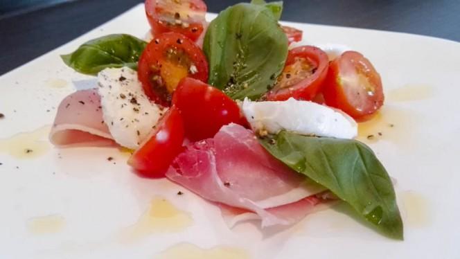 Salade Mozzarella - Restaurant Het Karrewiel, Voorthuizen