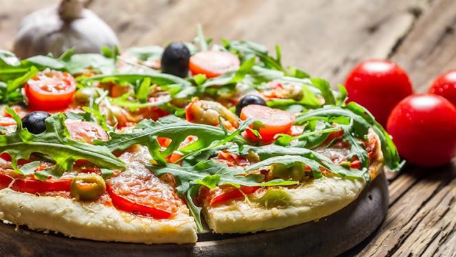 Pizza - Torre di Pisa, Amsterdam