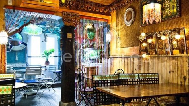 Vista sala - Rústika Café Tapas and Gin, Madrid