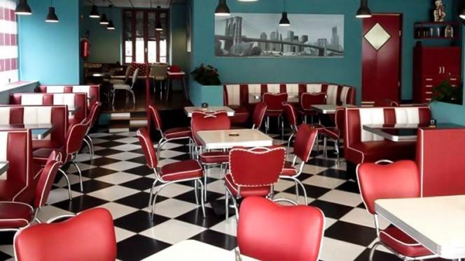 La sala - John's Burger, Desenzano del Garda