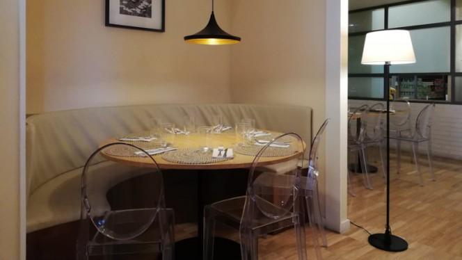 Sala - Presto Pizza Arca d Agua, Porto