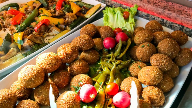 Chef's suggestion - Falafilo,