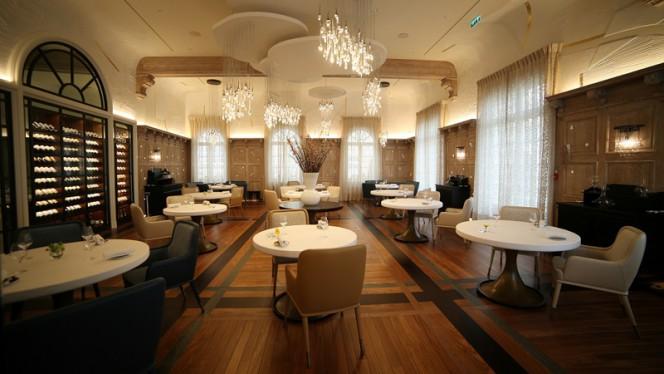 La Table de Plaisance - Salle de restaurant - Hostellerie de Plaisance, Saint-Émilion