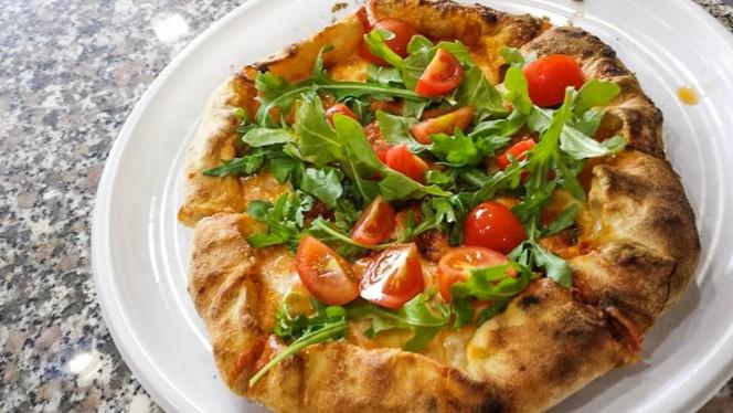 La pizza - Fatte nà pizza, Turin