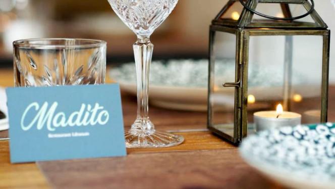 Détail de la table - Madito, Paris