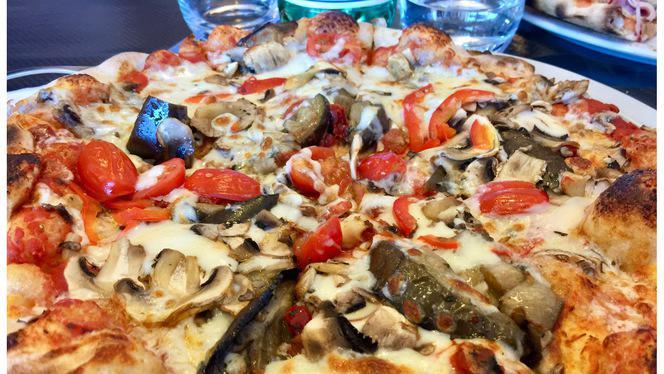 pizza elena - Romeo Pizzas, Lambersart