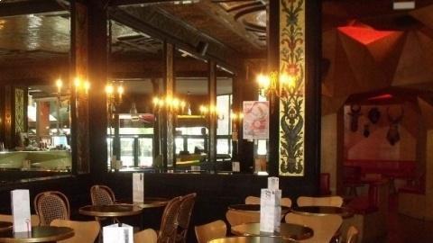 Delaville Café, Paris