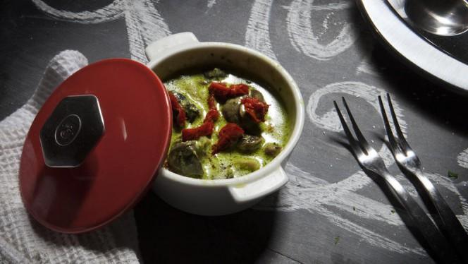Cassolette d'escargots - Café des Négociants, Carouge