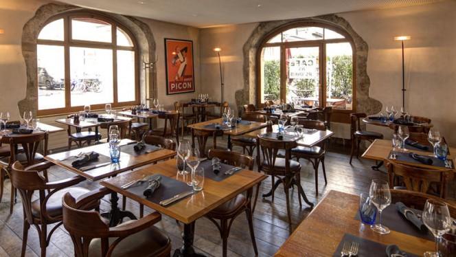 Salle - Café des Négociants, Carouge