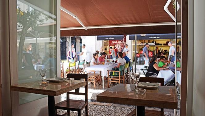 Sala - Bacalhau com Todos, Lisboa