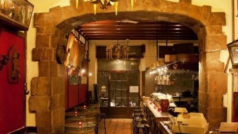 Los Pergaminos. Tapes, vins i divins., Barcelona