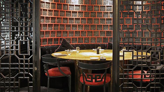 mr kao 7 - MR KAO - Hotel Claris, Barcelona
