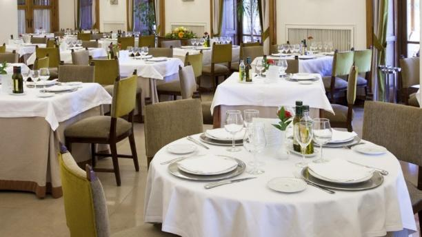 Vista mesas - Restaurante Parador de Teruel, Teruel