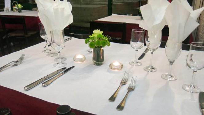 Table dressée - Drizia  Miremont, Genève