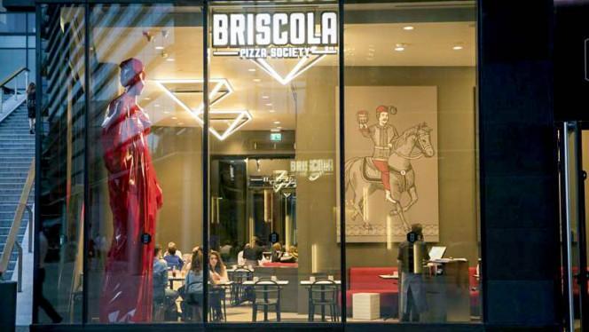 Entrata - Briscola Pizza Society - Porta Nuova, Milan