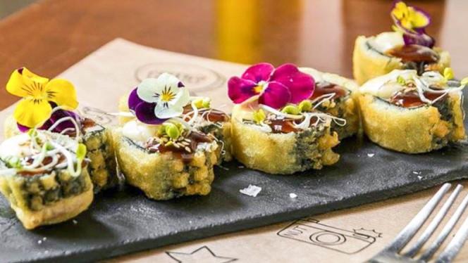 Tataki de atún rojo en tempura, mayonesa de wasabi y salsa terayaki - Nut Gastrobar, Barcelona