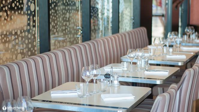Tables dressées - Le Roy René, Marseille
