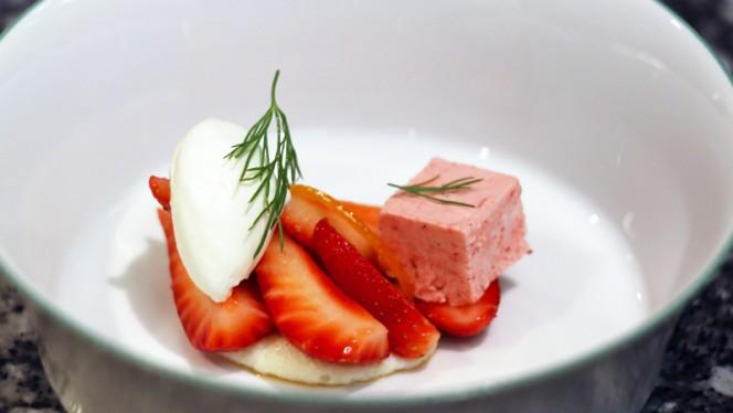 Douceur de fraises - Le Clarence, Paris