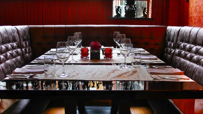 Restaurant - Long Pura   Longpura, Amsterdam