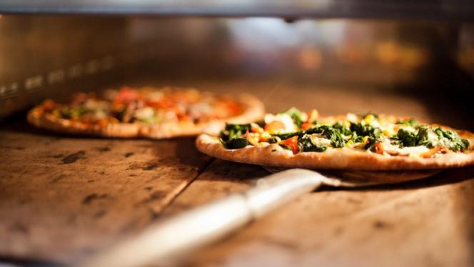 Pizza - Capricio Pizzeria Ristorante, Groningen