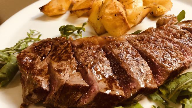 carne - Al Colonial, Latina