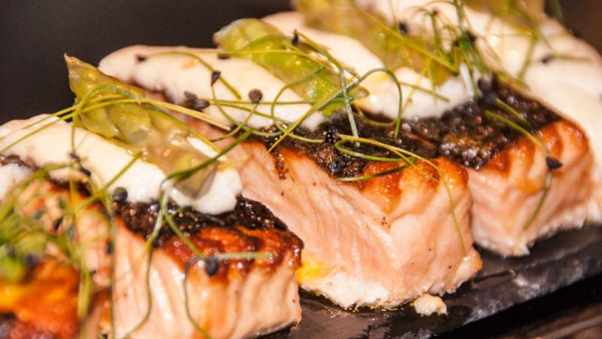 Salmon a la plancha - Attica21 - A Coruña, A Coruña
