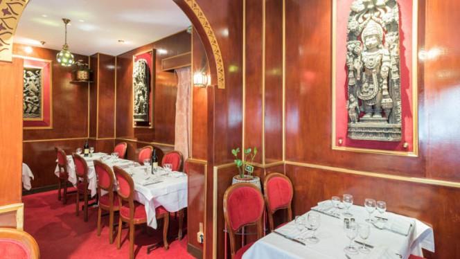 Vue de la salle - Indian Villa, Paris