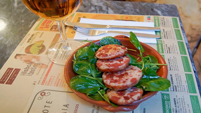 pratos - Mascote da Atalaia, Lisboa