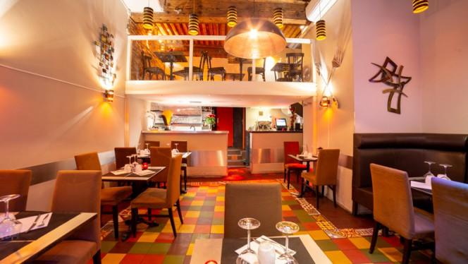 Salle du restaurant - Toute une Histoire, Lyon