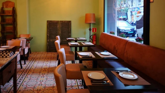 Vista de la sala - Rafael Bar Restaurante, Barcelona