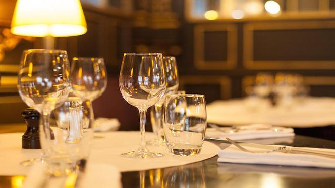 Table dressée - L'institution, Lyon