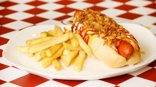Hot dog - María Canela, Madrid