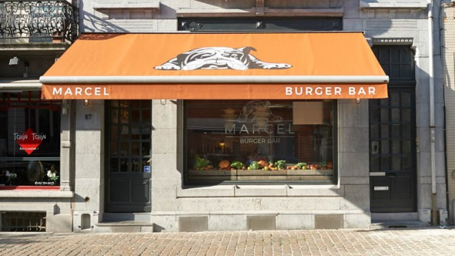 Façade - Marcel BurgerBar,
