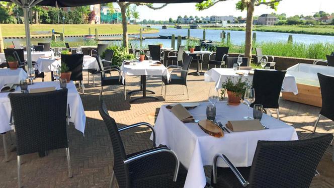 Genieten direct aan de Vecht - Amused Food & Wine, Hardenberg