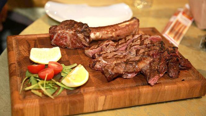 Costata di carne tagliata - Yabadoo, Milan