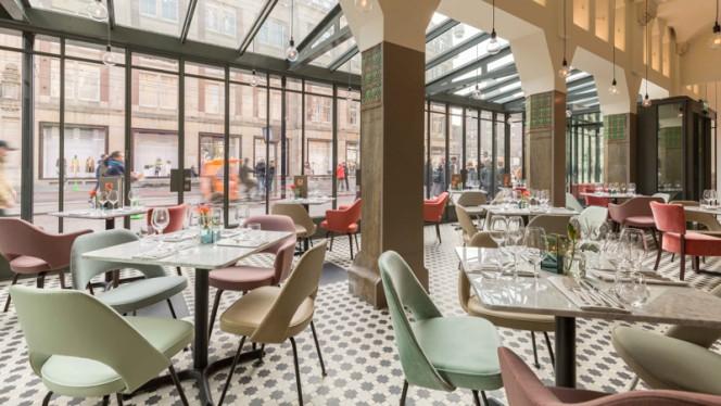 Restaurant - Brasserie De Roode Leeuw, Amsterdam