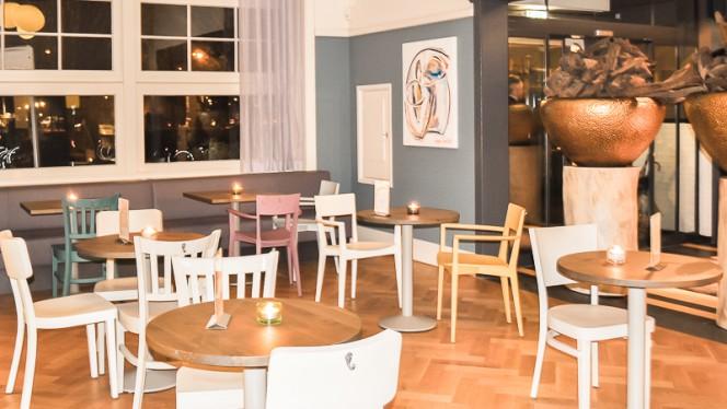 Color Kitchen Utrecht.The Colour Kitchen Zuilen In Utrecht Menu Openingstijden Prijzen