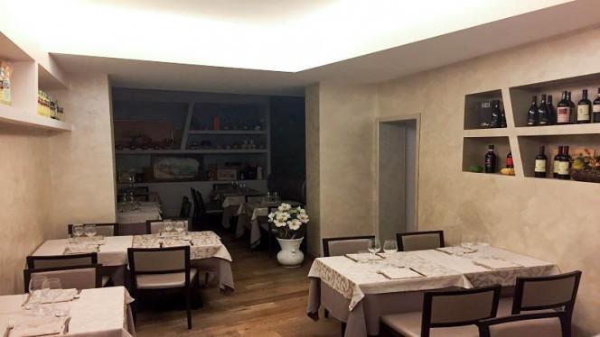 Veduta dell interno - Il Saraceno, Bologna