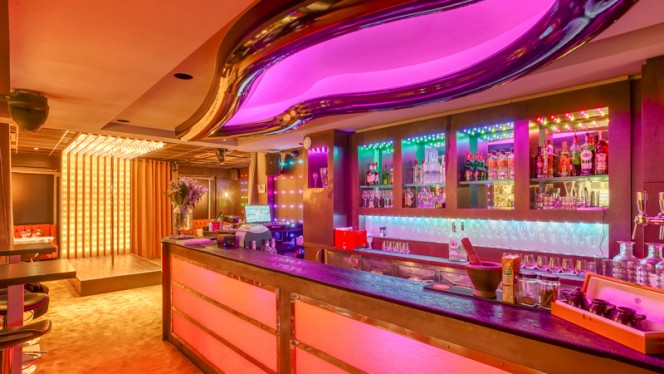 Bar - Crazy Coulisses, Lyon