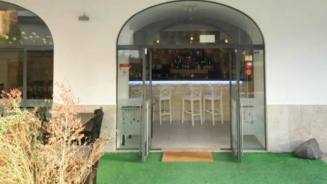 entrada - Consulado, Lisboa