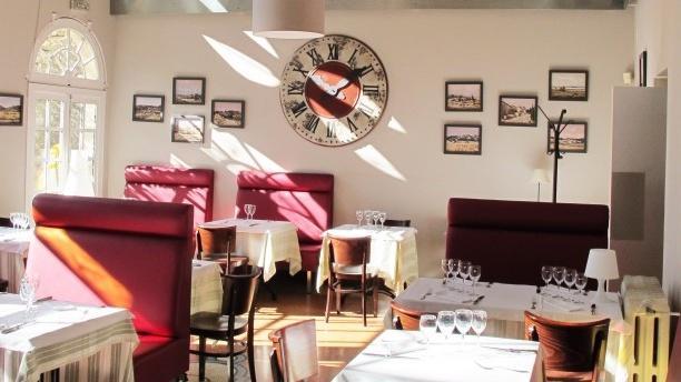 Salle du restaurant - L'Estagnol, Saint-Rémy-de-Provence