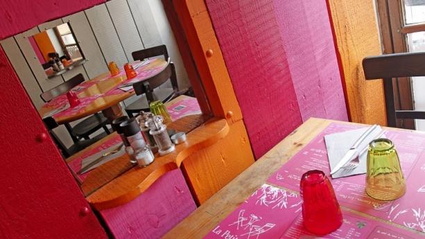 Détail de la table - La Petite Table, Lille
