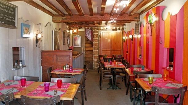 Salon du restaurant - La Petite Table, Lille