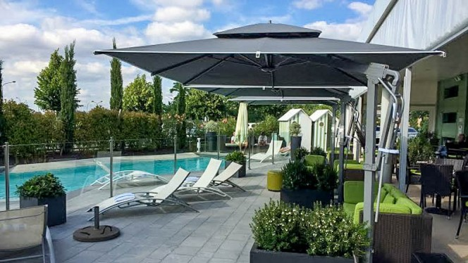 La piscine - K&B Restaurant at Courtyard, Toulouse