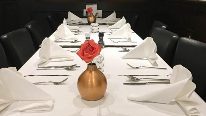 Restaurant - Indian & Nepalese Restaurant Ashoka Kinker, Amsterdam