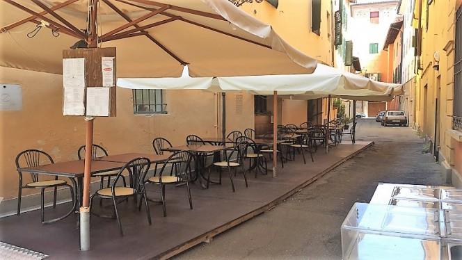Veranda esterna - La Tavernetta, Imola