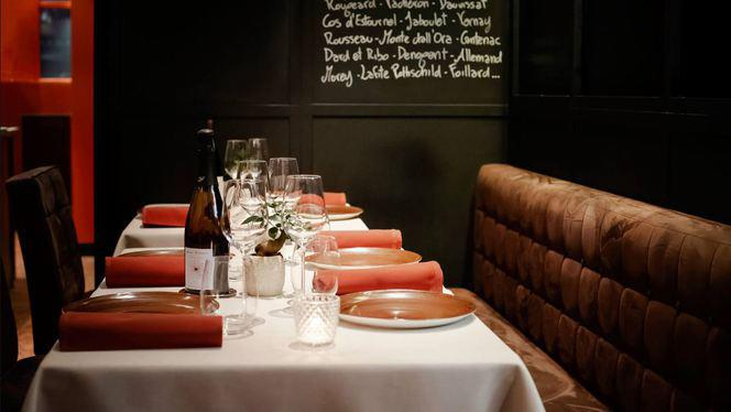 Table - Le Flacon, Carouge
