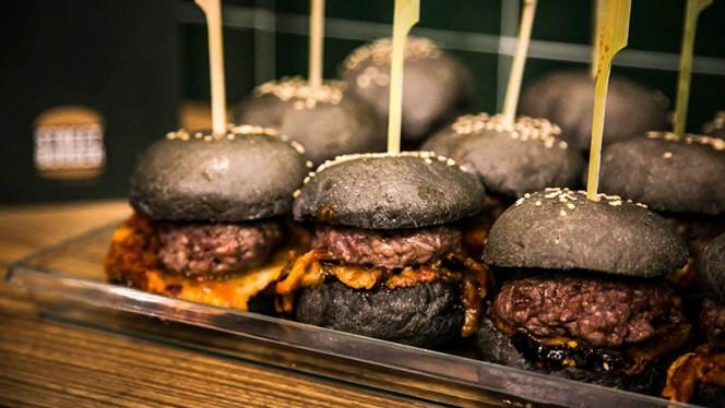 Mini burgers - Street Burger Italian Gourmet Castelbarco, Milan