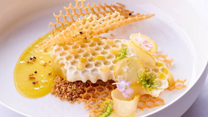 Suggestion du Chef - L'Abeille - Shangri-La Hotel, Paris, Paris